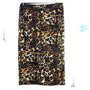 Moa USA sz M Leopard print pencil pull on skirt